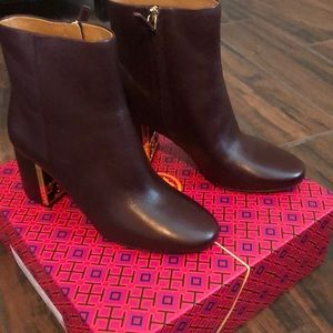 Sale. New Tory Burch logo Boots